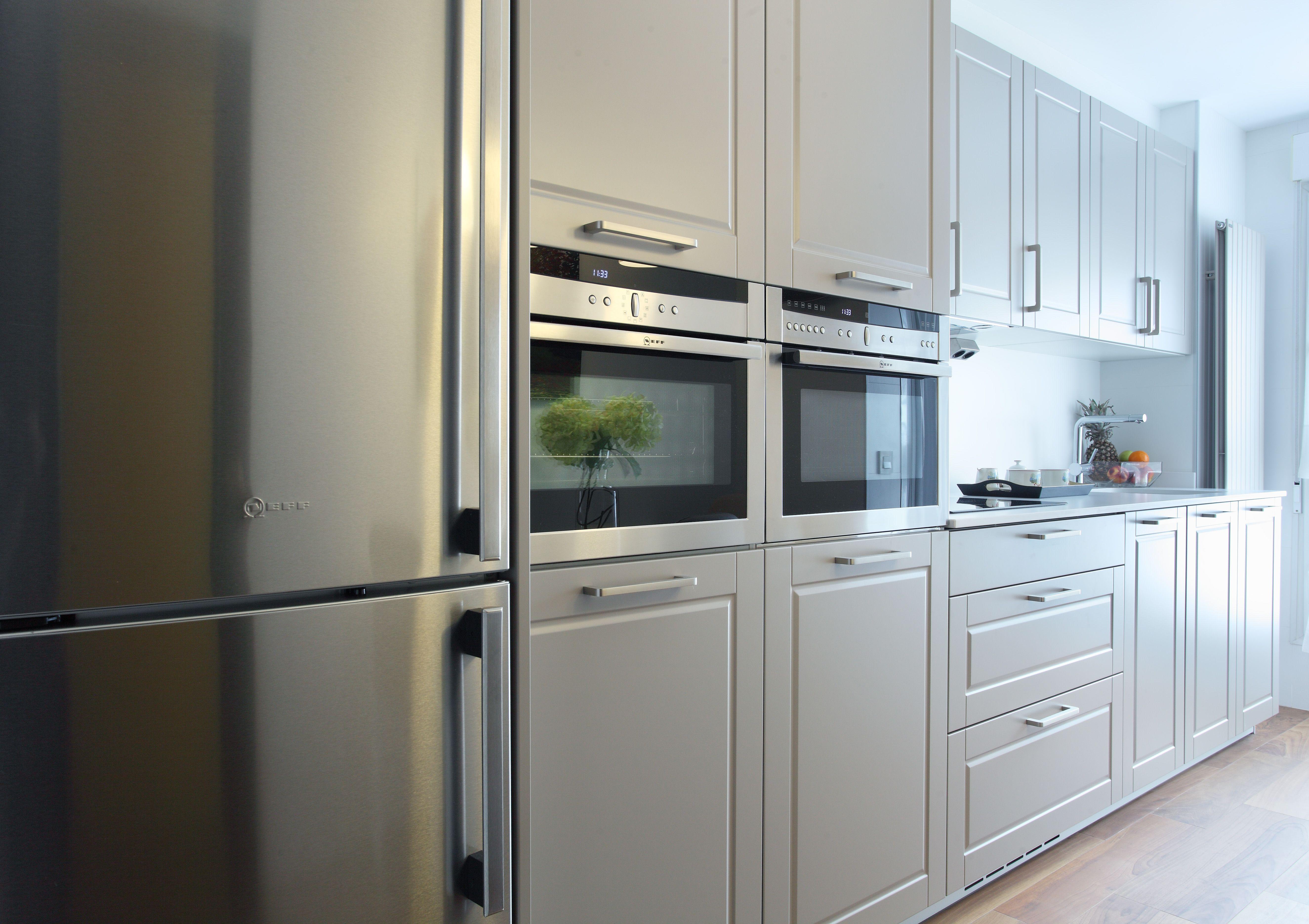 Cocina instalada en piso en Oviedo, SANTOS Mod. Epoca, conjunto de ...