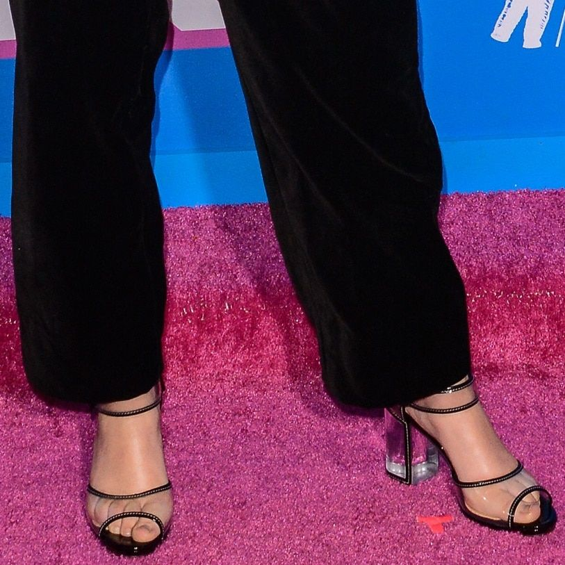 Millie Bobby Brown Shows Off Her Feet In Barbaclara Sandals