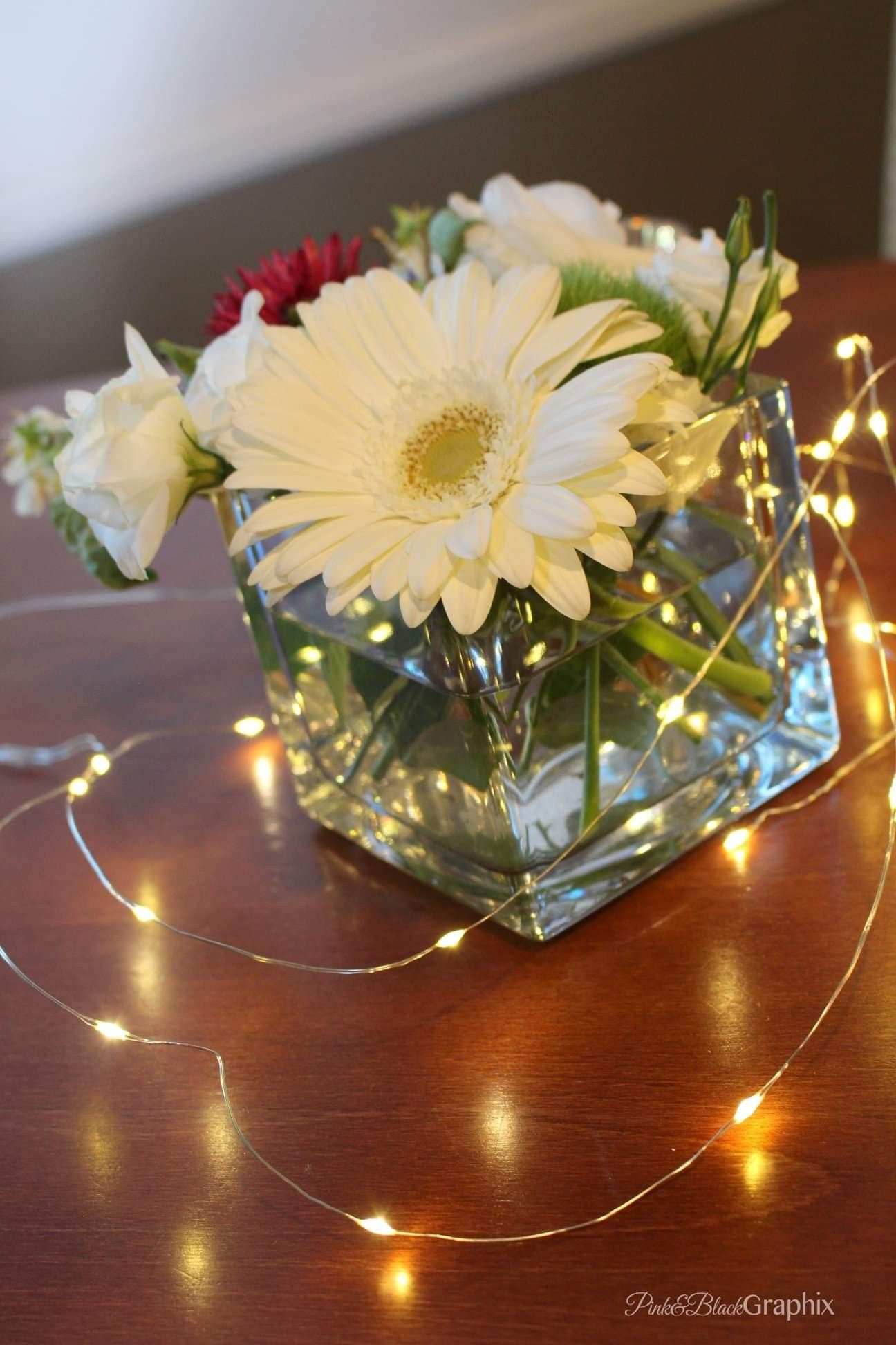 Simple Small Wedding Reception Centerpieces With Red And White