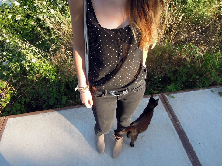 Top Volcom, jean H&M, boots Dickers Isabel Marant