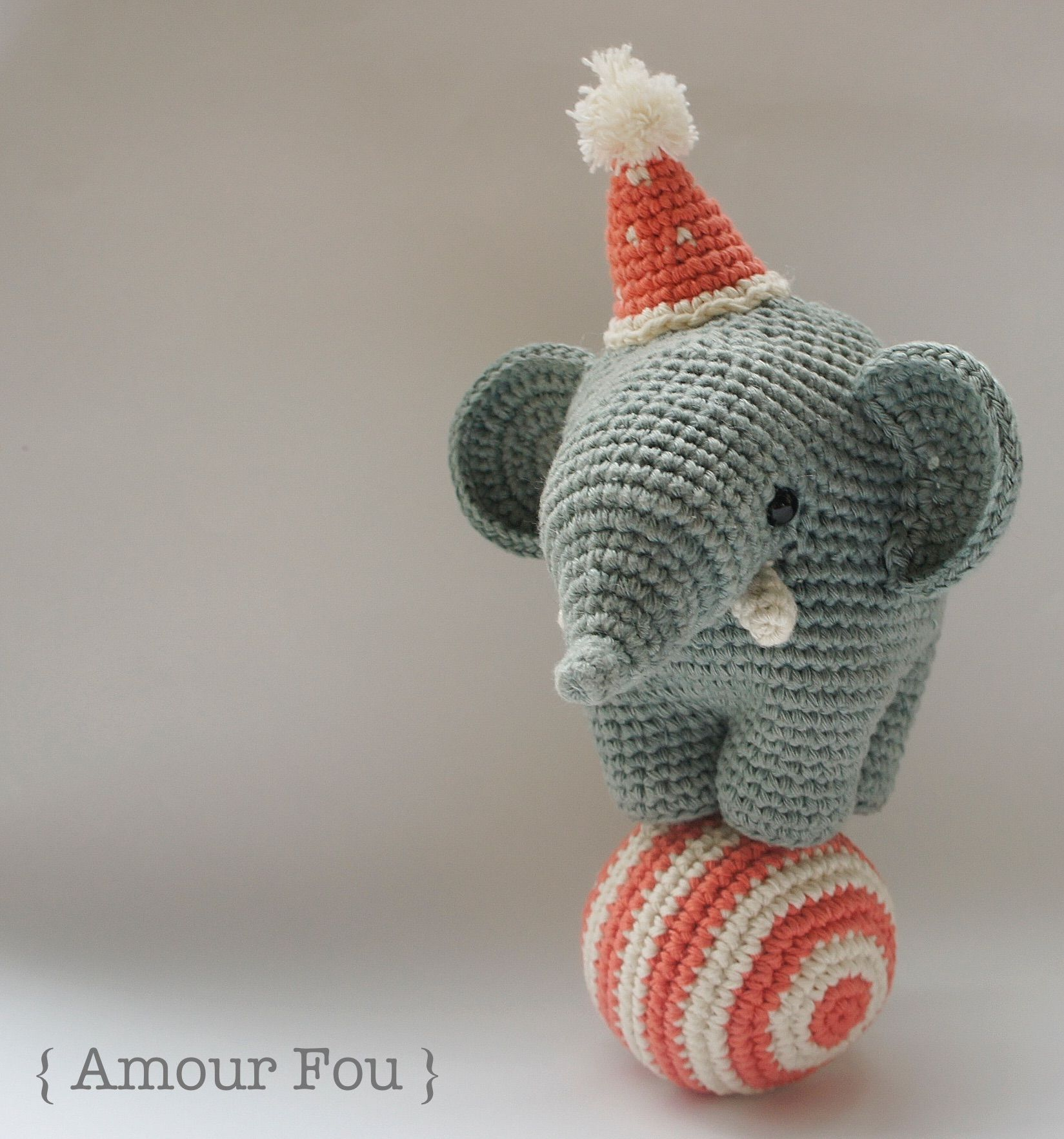 Gustav, the Balancing Elephant. FREE PATTERN by { Amour Fou ...