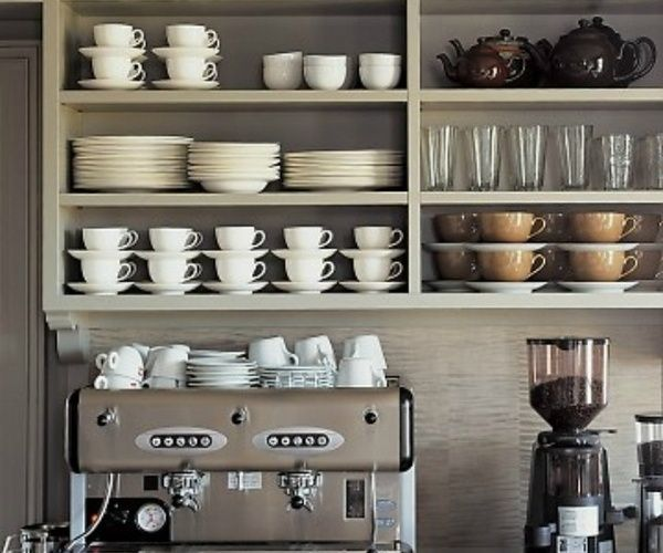 Coffee bar ideas open shelves machine mugs coffee for Coffee shop display ideas
