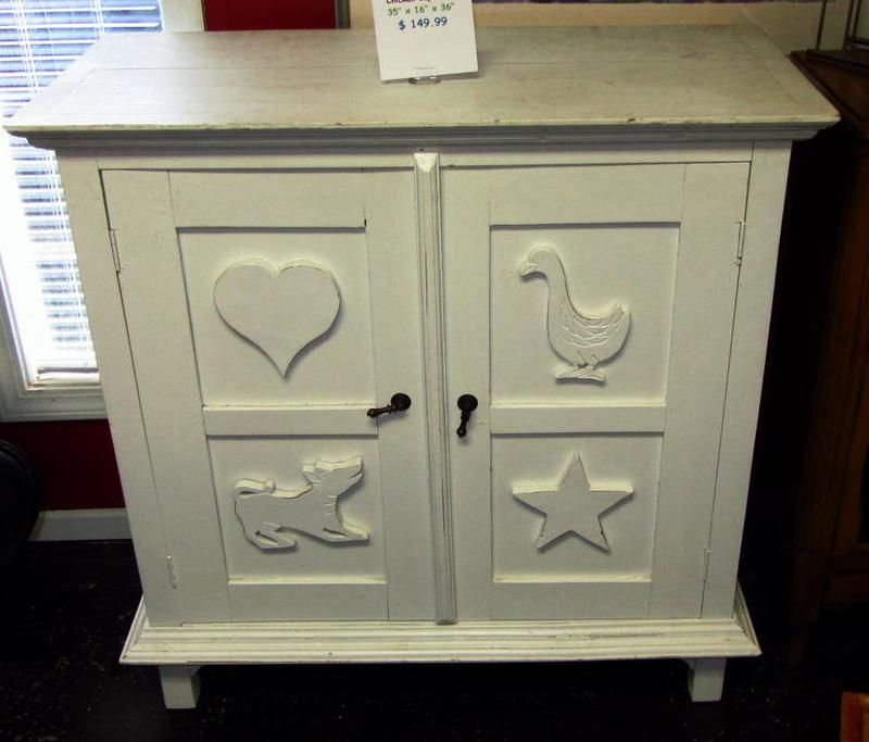 Perfect Just Arrived Consignment Furniture Greenville   ENGLISH COUNTRY DECOR    Pinterest   Consignment Furniture, Country Decor And English Country Decor.