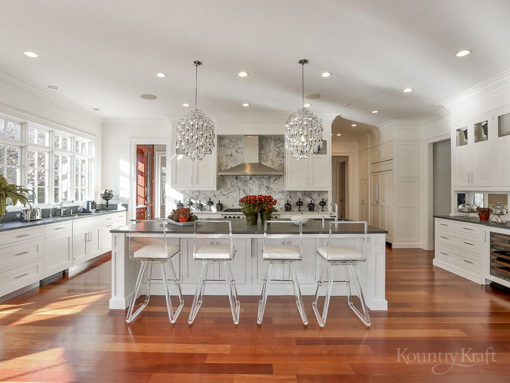 Custom Kitchen Cabinets Designed By True North Cabinets In New Canaan Ct This Tra Best Kitchen Cabinet Paint Best Kitchen Cabinets Painting Kitchen Cabinets