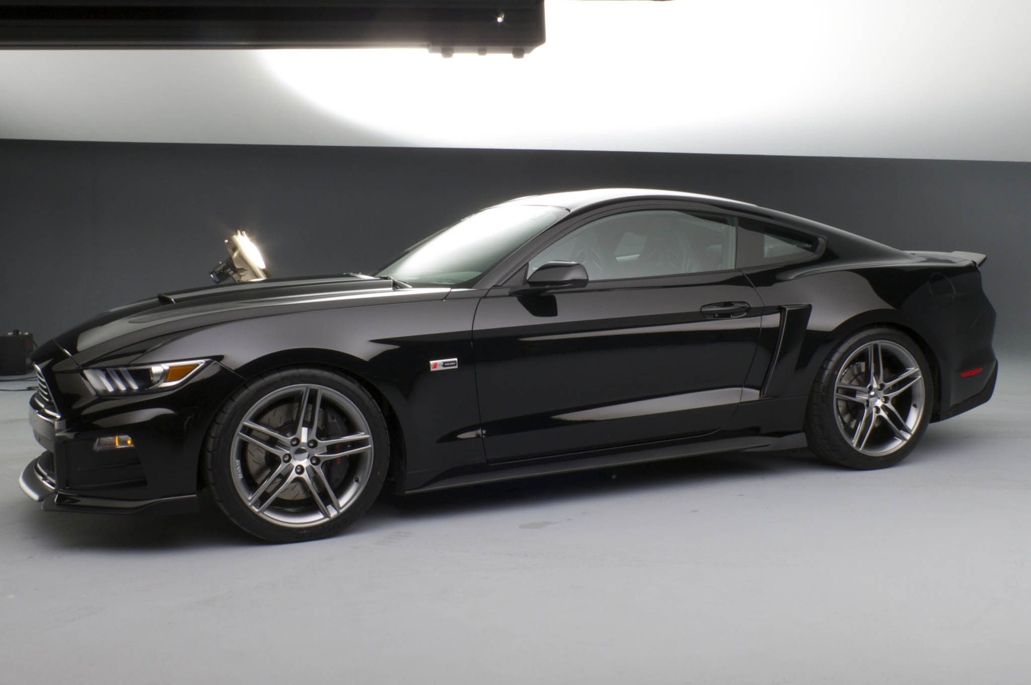 Ford Mustang 2015 High Resolution Wallpaper FordMustang2015 HighResolutionWallpaper