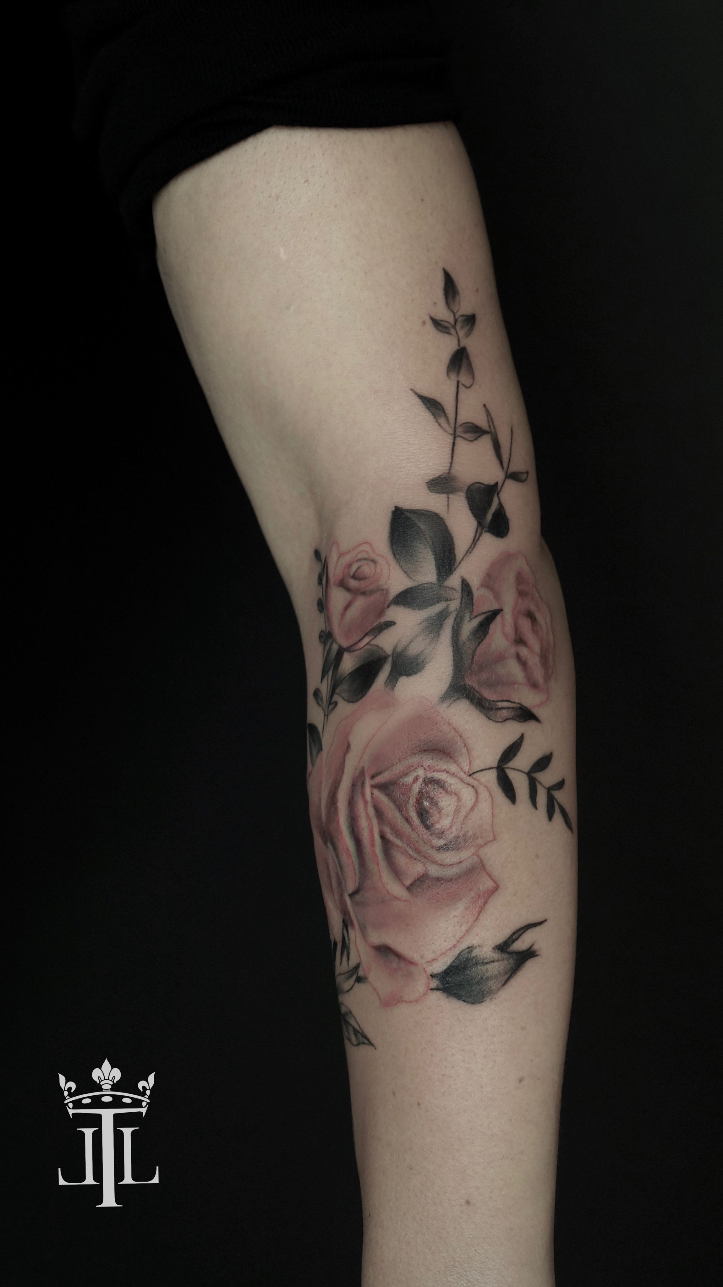 Colored Rose Tattoo Underarm Sleeve By Lebende Legend Tattoo Armtatueringar Tatuering Rosor Browse our designs and decide which arm tat is the best for you as a handsome guy. colored rose tattoo underarm sleeve by