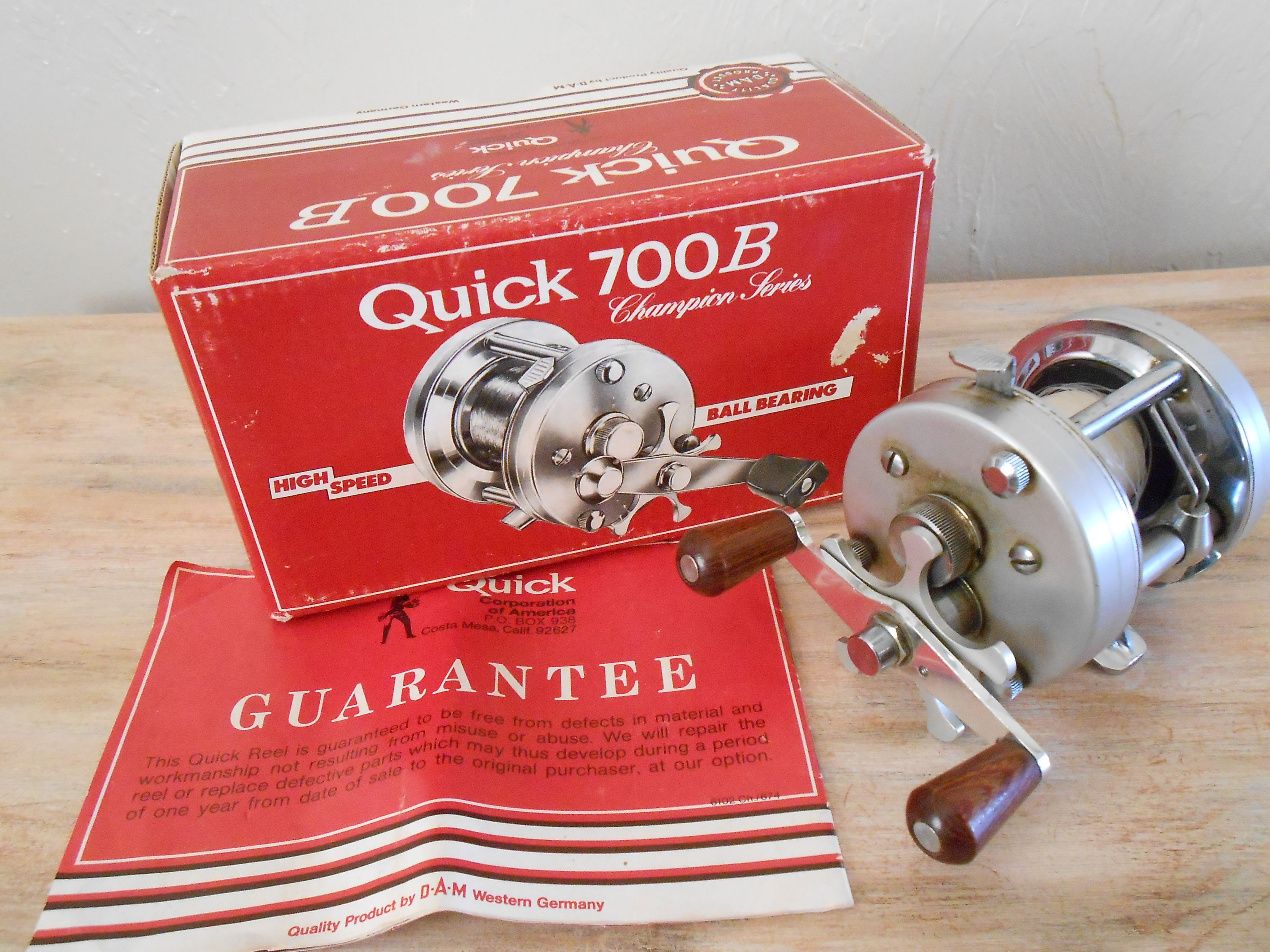 15251058397 DAM Quick 700B Fishing Reel Original Box With All The Paper Work. 1 Of 2  Pics.
