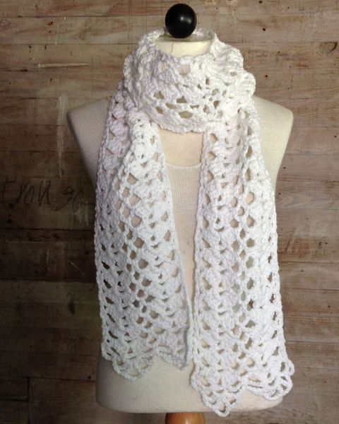 Imagem das Conchas Lacy Cachecol Crochet Pattern