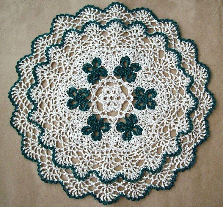 Lacy St Patrick\'s Day Crochet Doily Pattern Found at: crochetdoilies ...