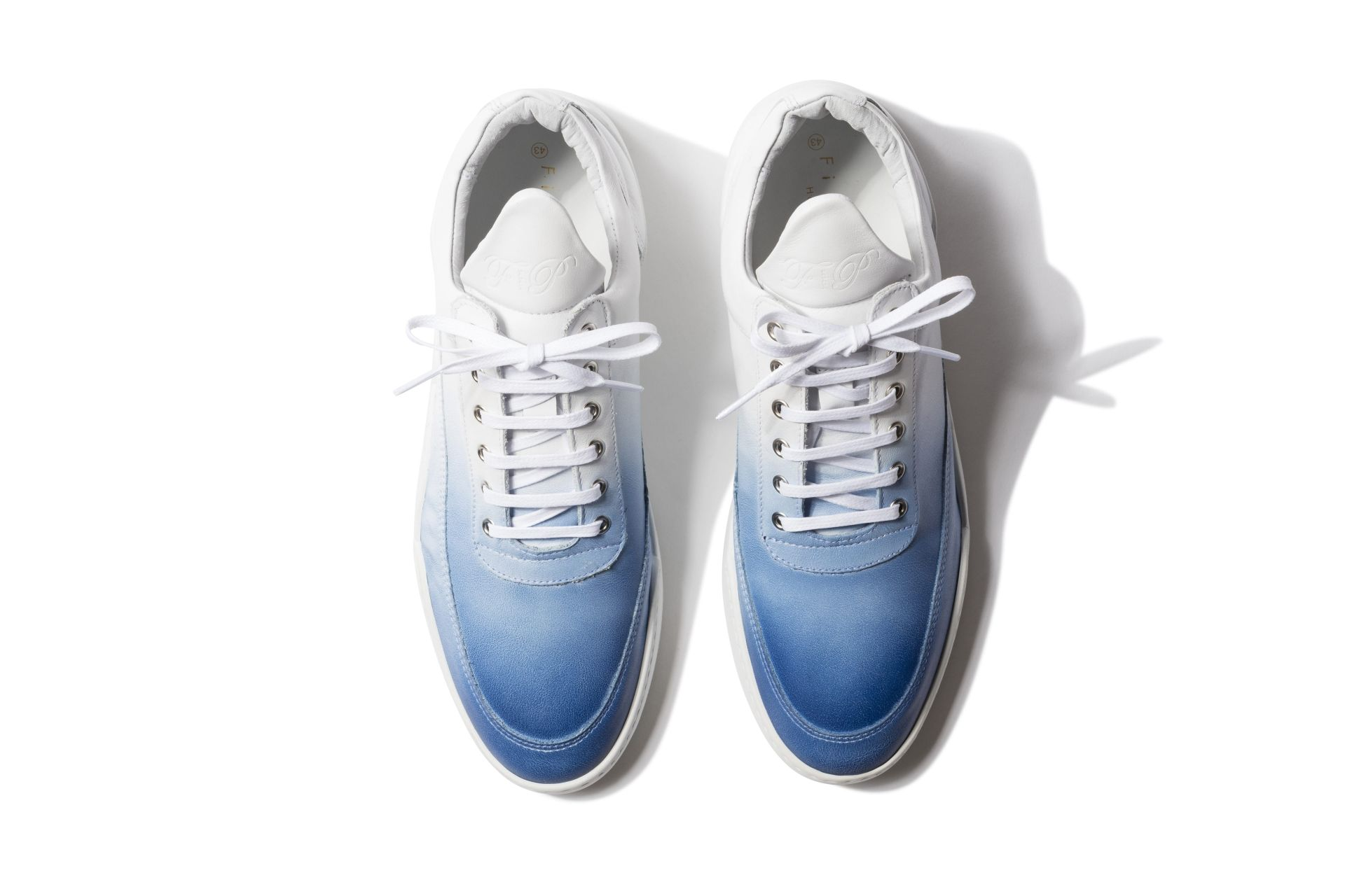 Filling Pieces Low Top Sneaker in Degrade White & Blue Product Image