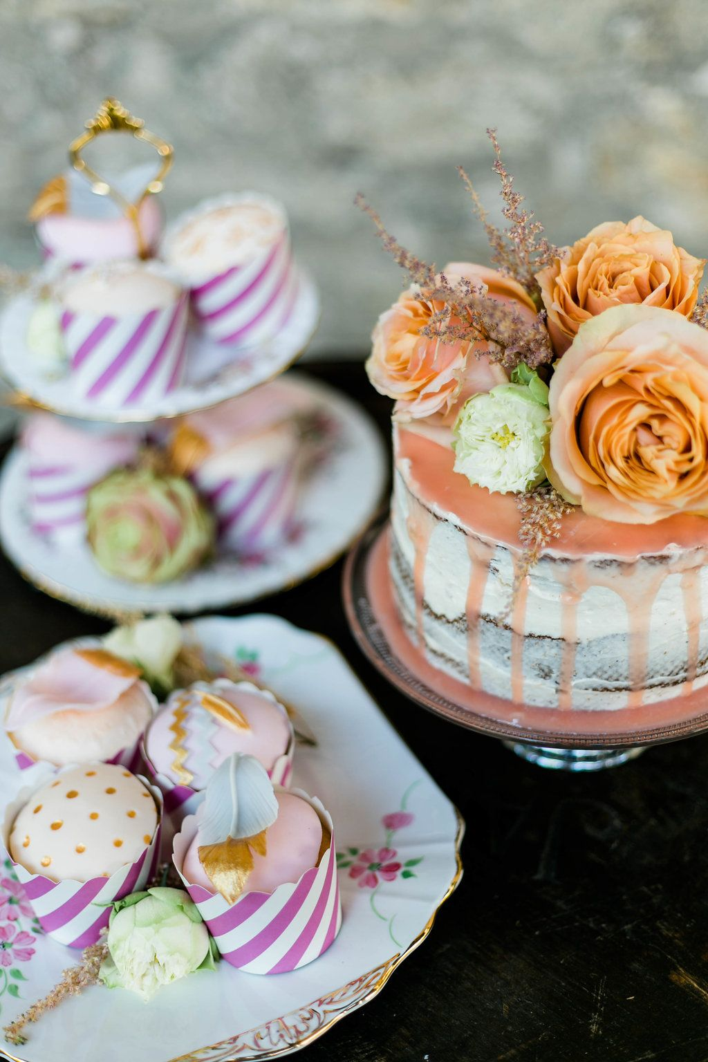 Boho Eleganz In Altrosa Und Gold Drip Cakes Wedding Cake And Weddings