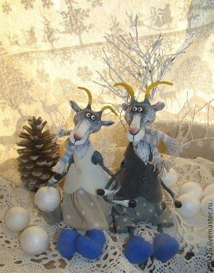 В зимнем сказочном лесу повстречал козёл козу) - голубой,серый,дымчатый