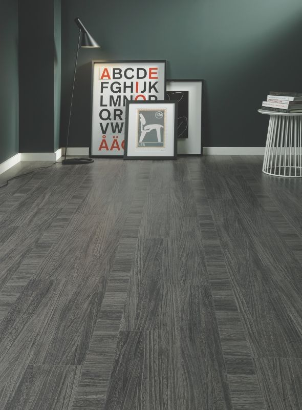 QUILL GESSO. The cool and dark grey background of Quill Gesso is marked with light dissecting lines to give an exciting new take on wood. #wood #flooring #living #amtico #texture http://www.amtico.com/flooring/wood/quill-gesso