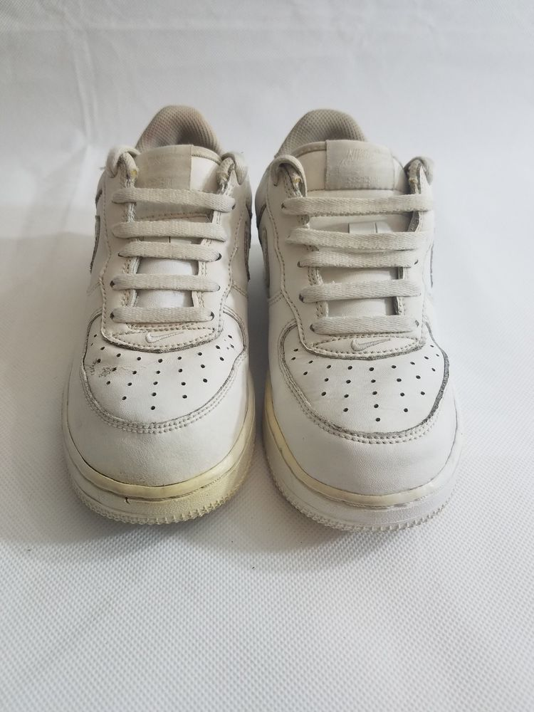 huge selection of a74af 139af NIKE FORCE 1 (PS) WHITE WHITE LOW 314193-111 YOUTH SIZE 1.5Y  Nike  Athletic