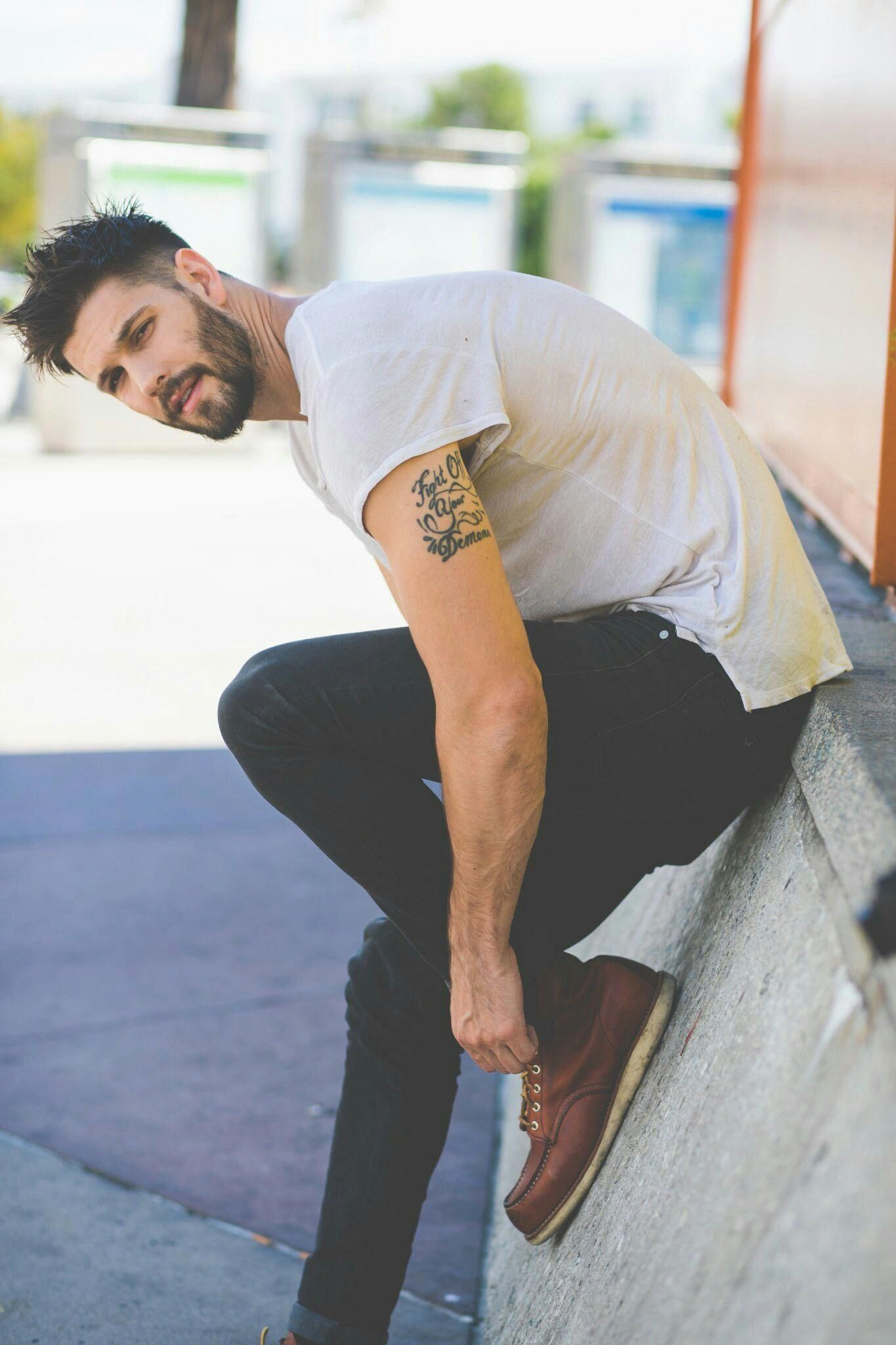 Awesome short mens hairstyles with beard! #shortmenshairstyleswithbeard #hairandbeardstyles