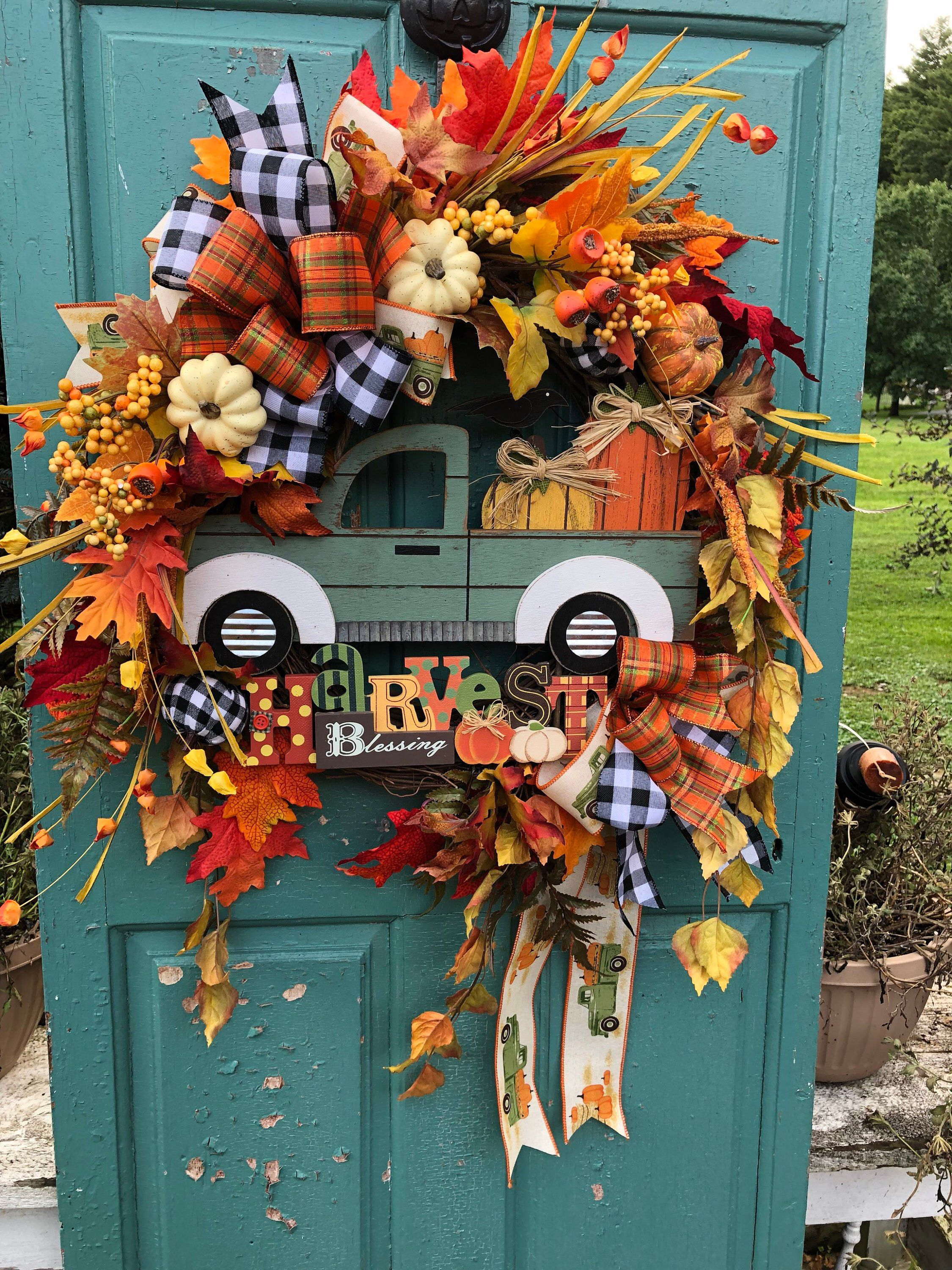 Excited to share this item from my #etsy shop: Fall Wreath, Pickup Truck Wreath, Green Truck Wreath, Fall Wreath for Front Door, Farmhouse Wreath, Harvest Wreaths, Fall Harvest Wreaths #fallwreaths