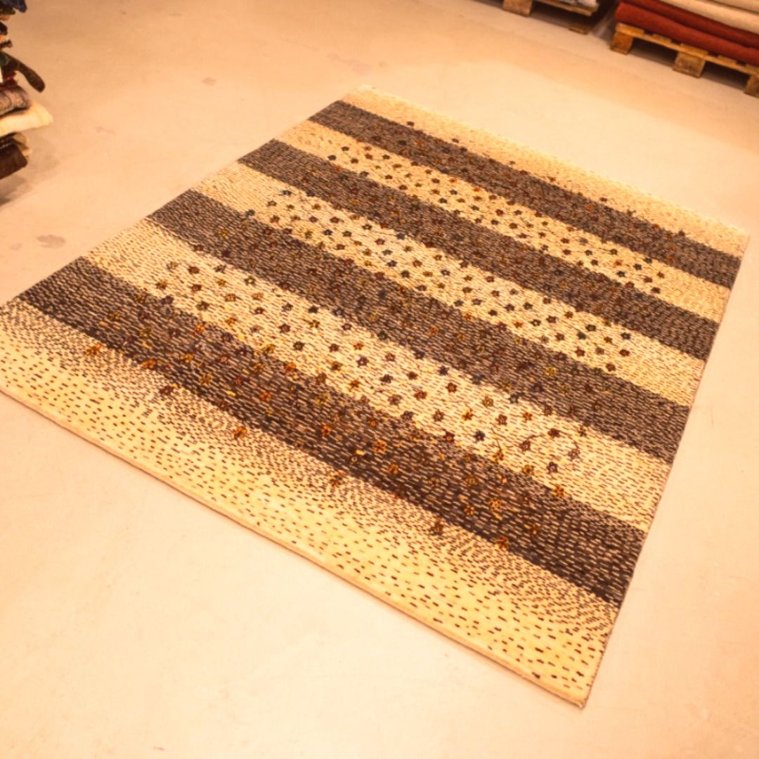 #premium quality #designer area rugs & allovers by our weavers in #India!  #handmade #design #homedecor #buy #Iran #japan #Tokyo #berlin #Italy #Amsterdam #ツイッターで楽しむ展覧会 #bayline #打首生配信 #知ってた #イマソラ #やっぱりファミチキ #渋谷 #モンスト