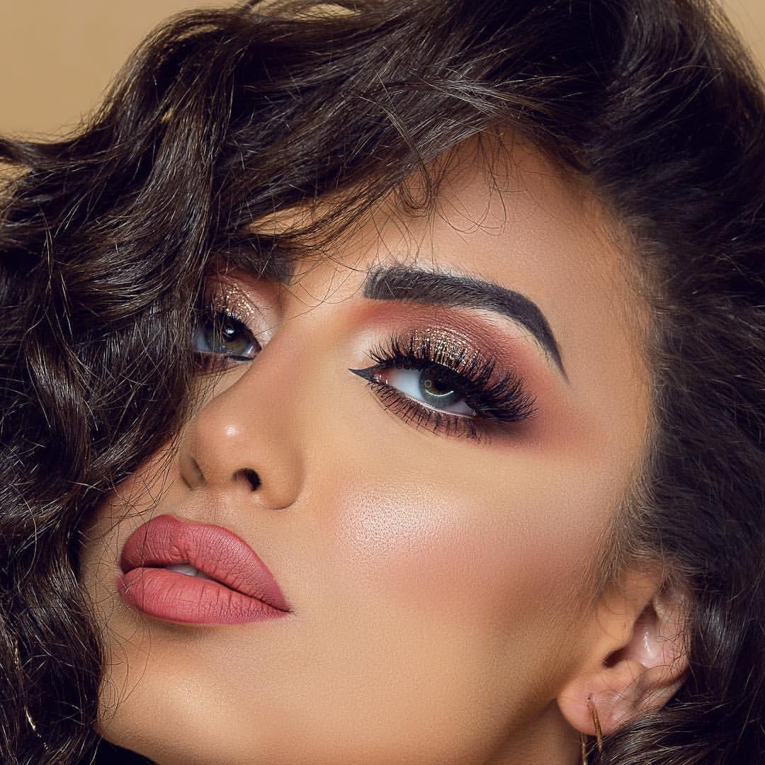 Makeup By Mintspa Qa Photo By Scenestealerphoto Designer Selina Farooqui Doha Modeling Abaya Abayat Simple Makeup Beauty Girl Beauty Women
