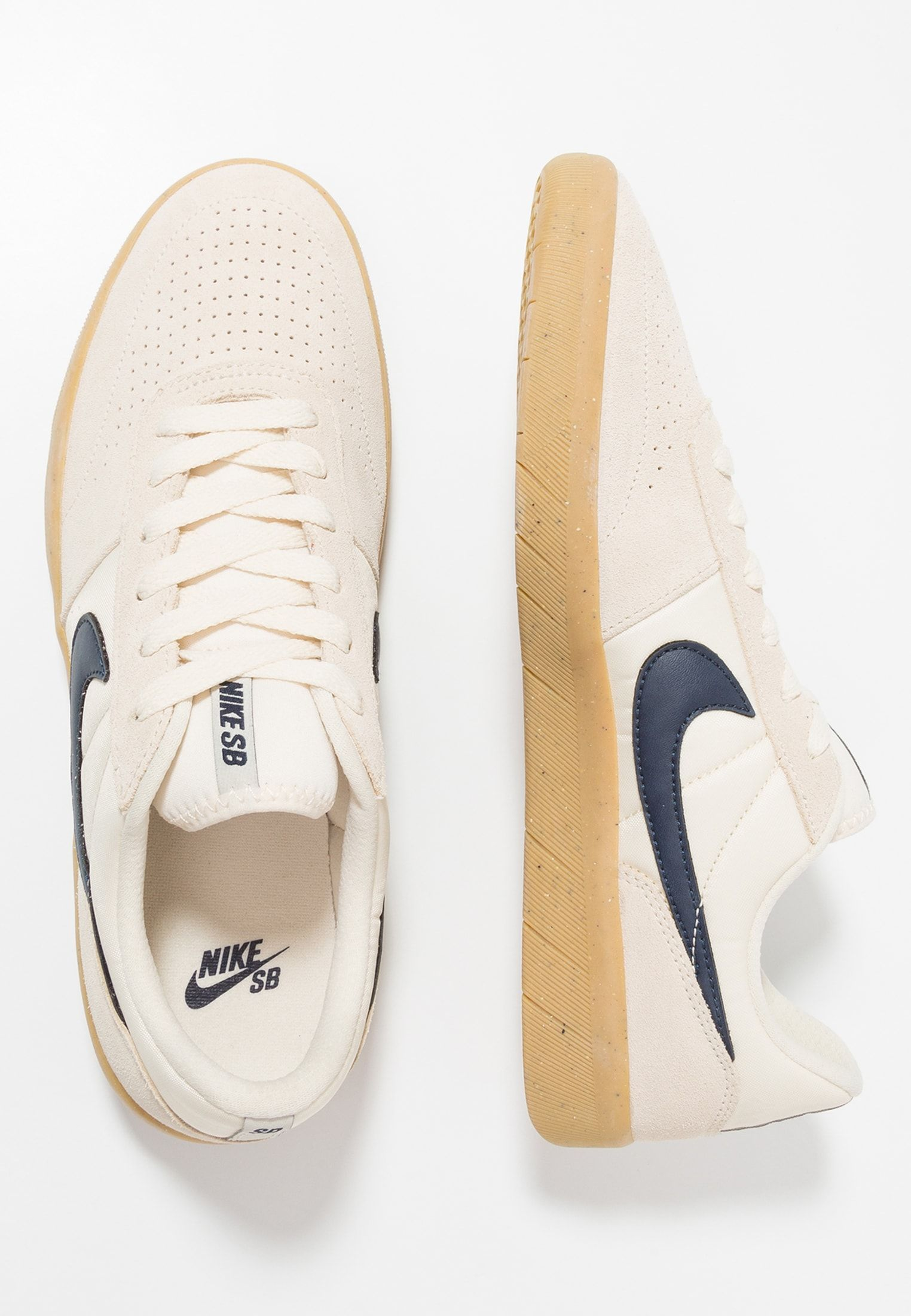 Nike SB TEAM CLASSIC Baskets basses light creamobsidian