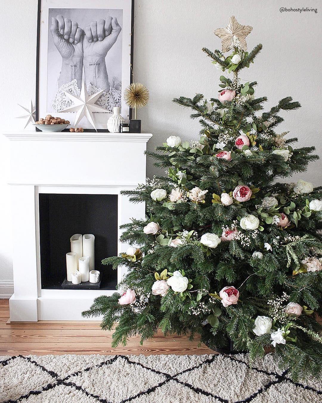 rockin around the christmastree ein h bsch dekorierter. Black Bedroom Furniture Sets. Home Design Ideas