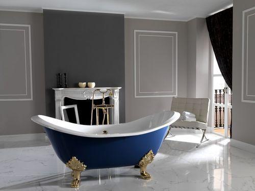 Ideas For Colors To Go With The Navy Blue Tub Bathtub Design Classic Bathroom Victorian Bathroom