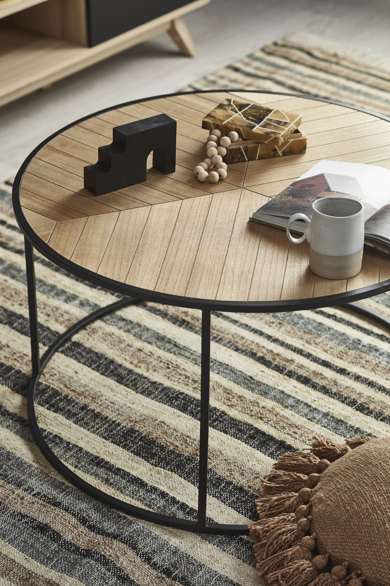 Living Room Makeover On A Budget Coffee Table Wood Coffee Table Contemporary Coffee Table [ 2000 x 1333 Pixel ]