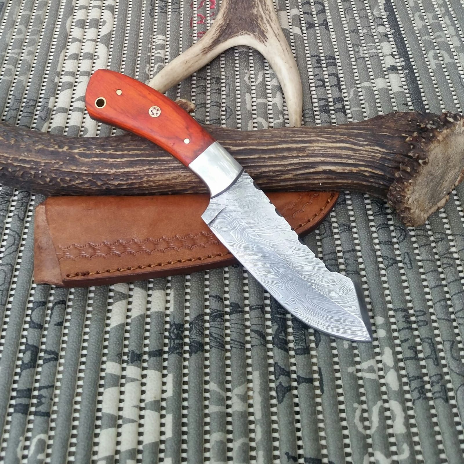 Pin On Hunting Knives