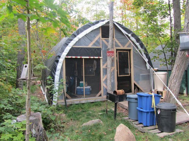 Live In A Greenhouse Green Sustainable Survival Diy
