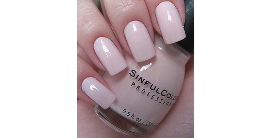 FREE SHIPPING PASTEL PINK NAIL POLISH SHINE SMOOTH LACQUER ENAMEL SPRING COLOR $5.95(This would work WONDERFULLY with the glass pearl bracelet I made!)