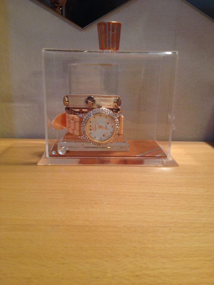 Mini clock holder ⌚️