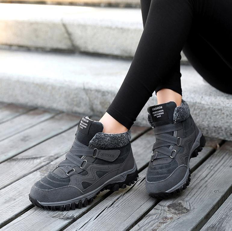 Snow Sneakers For Women in winter