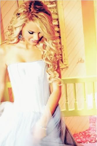 Taylor Swift our song... Liked her so much better in the old days