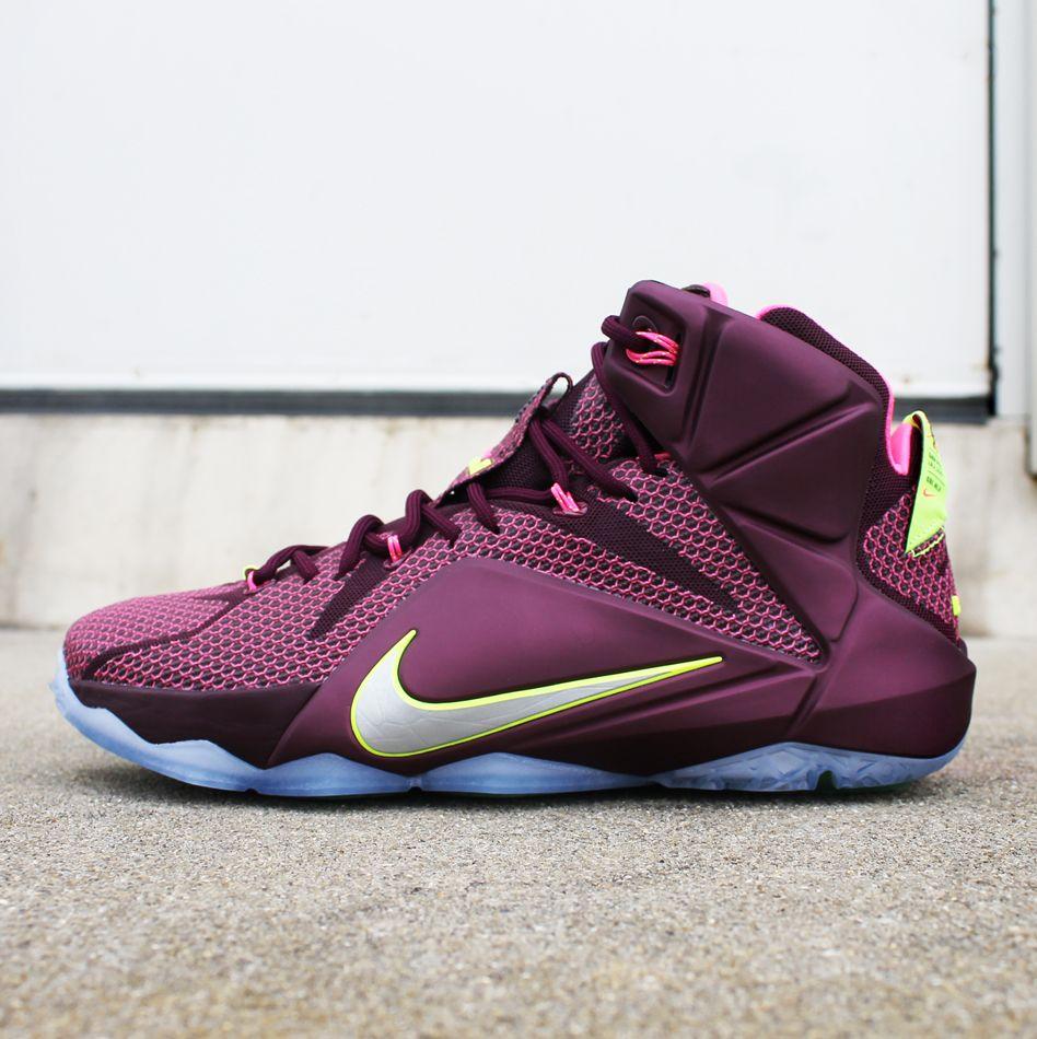 Nike LeBron 12 \