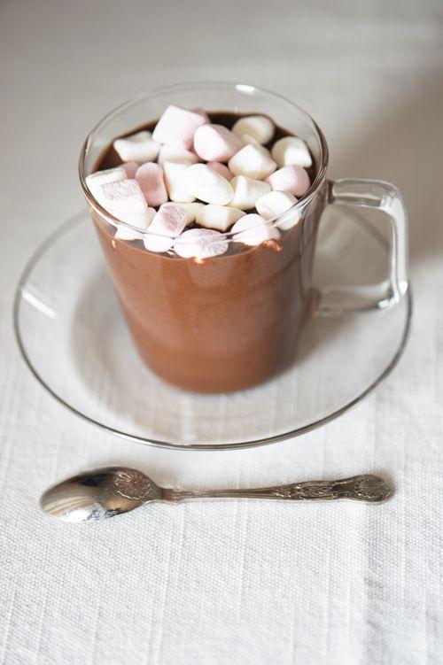 Un rico Chocolisto con Masmelos.  ¡Chocolisto y listo!