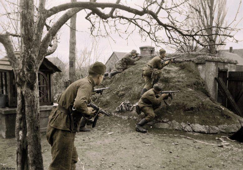 Soviet soldiers in Austria 1945