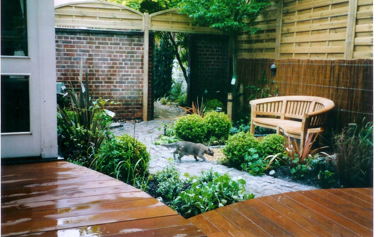 1000 images about courtyard garden ideas on pinterest gardens garden nook and decking - Courtyard Design Ideas