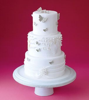 White Lily Of The Valley Wedding Cake Beautiful Cakes White - Wedding Cake With Lilies