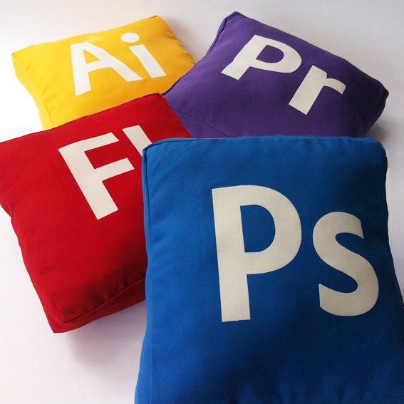 Cojines Íconos Adobe | Productos Witoi choros | Pinterest | Adobe