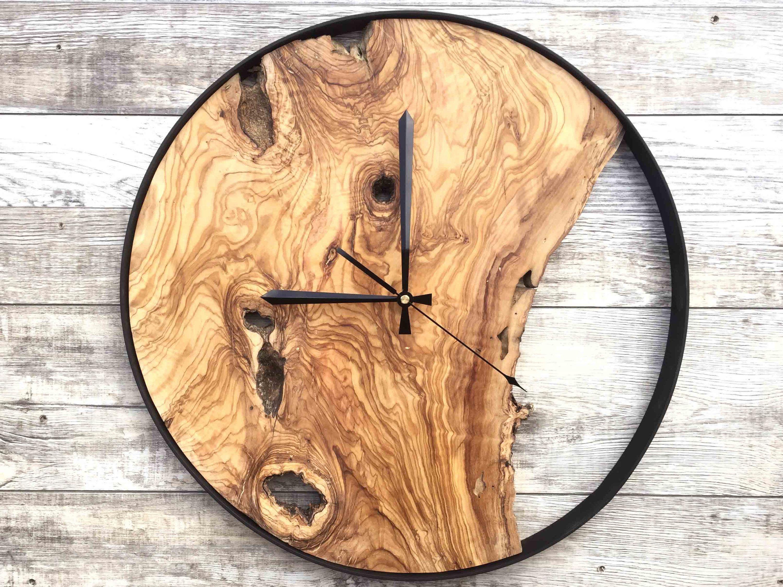 Wood Wall Clock Large Wall Clock Rustic Clock Reclaimed Wood Clock Wooden Clock Unique Wall Clock By Woodclockdesign On Et Pendule Horloge Pendule Horloge