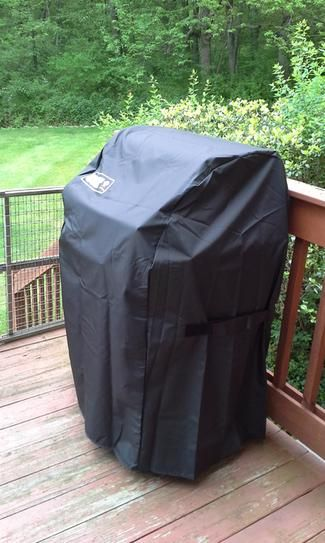 Weber Grill Cover with Storage Bag for Spirit 210-Series Gas Grills 7105 at The Home Depot - Mobile