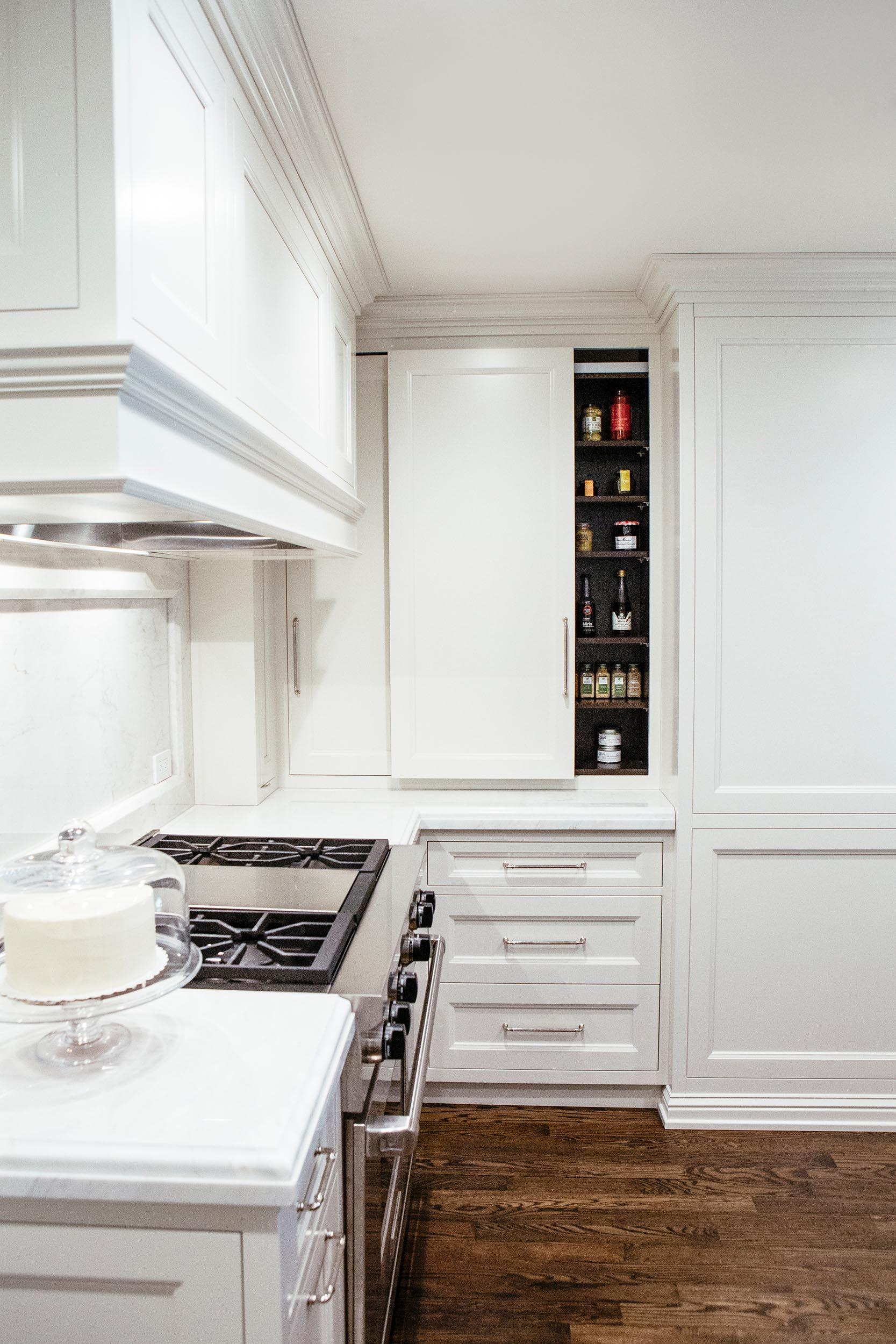 Leo Designs Chicago Pied A Terre Kitchen Cabinets Design Home Decor