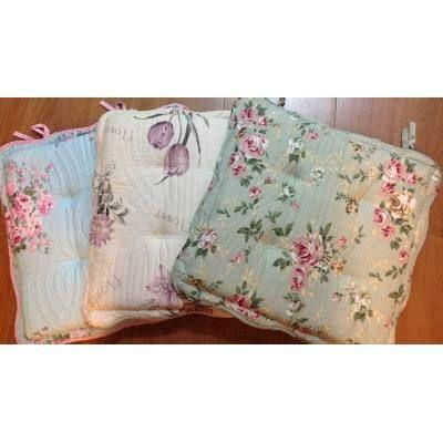 4 almohadon para silla floreado blanco con flores lilas - Almohadones para sillas ...