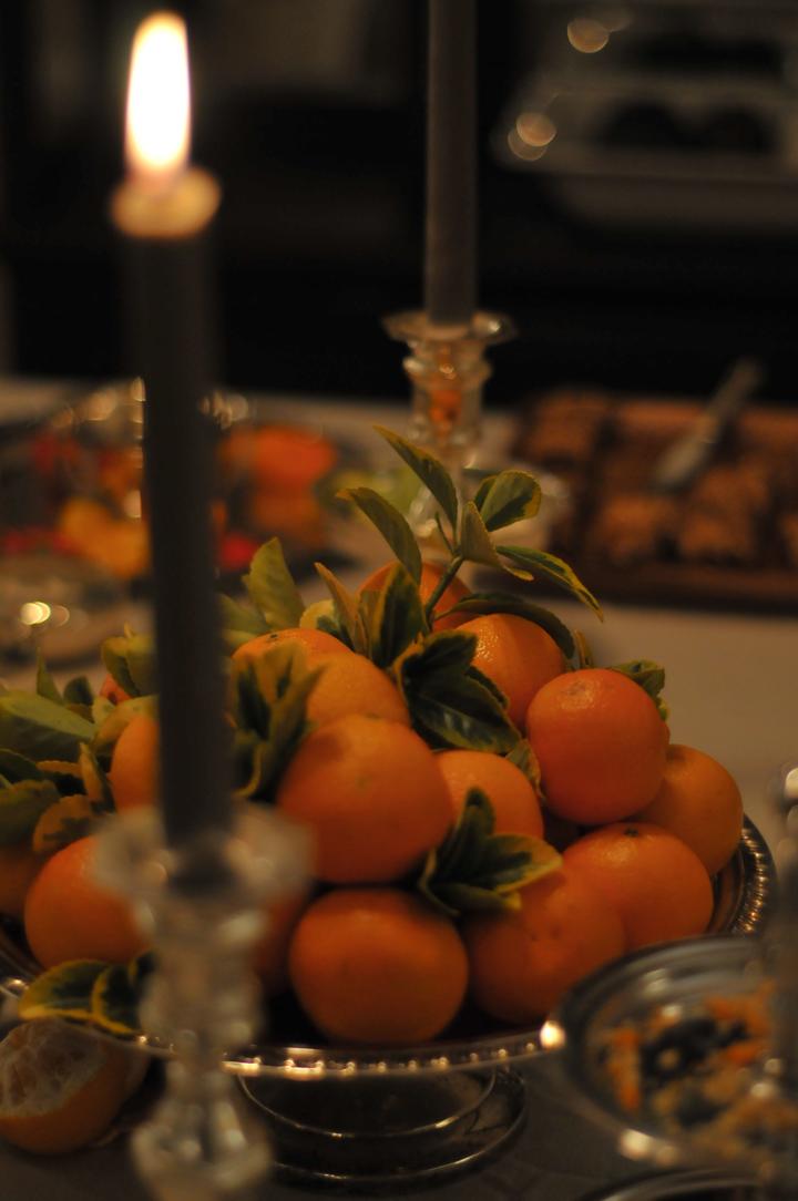 cozy lighting, tangerines.