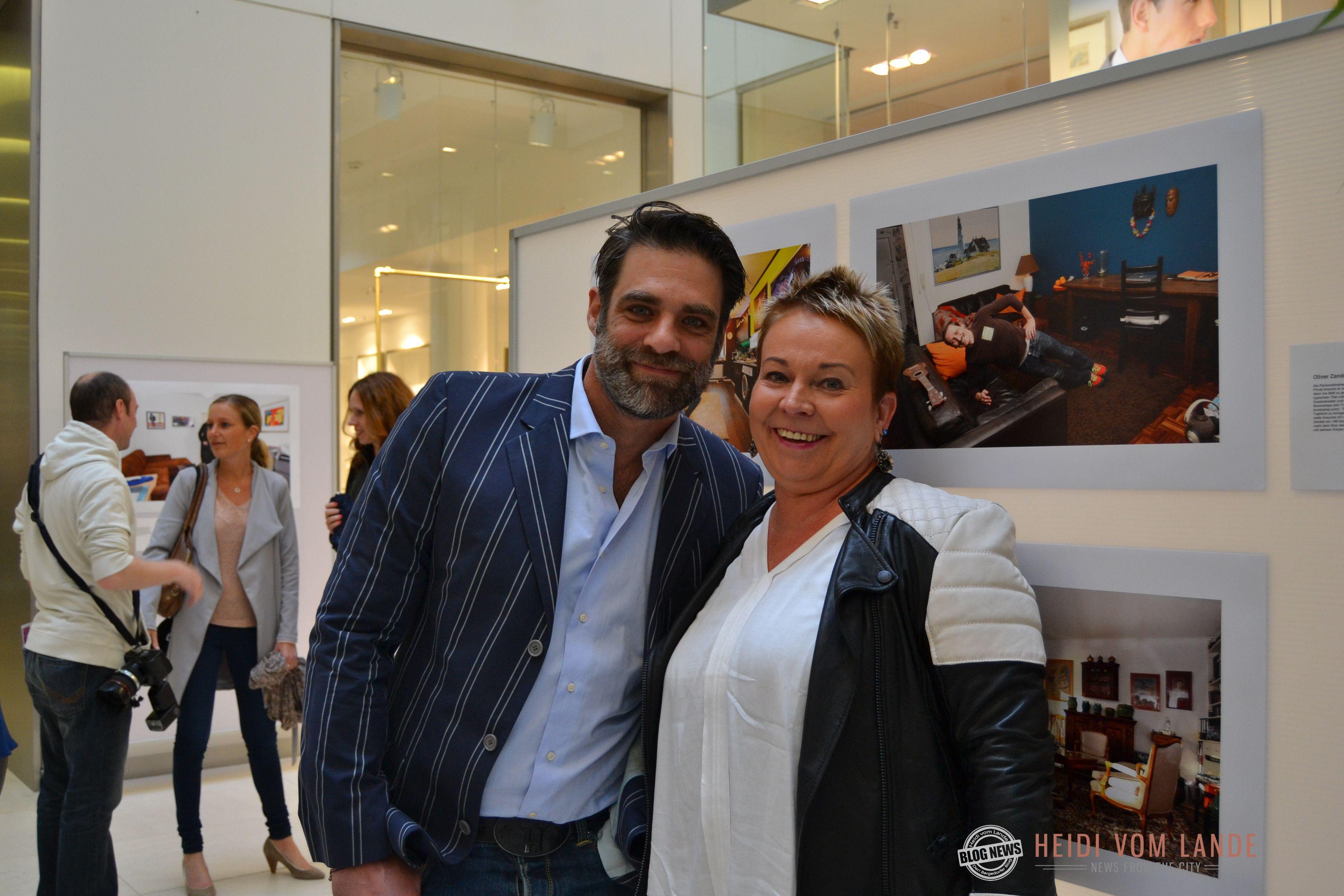 Bloggerin Heidi Vom Lande Mit Carsten Spengemann Hamburg Mopo Ausstellung Hamburger Und
