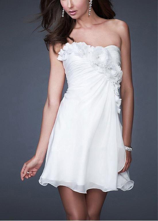 Beautiful Silk-like Chiffon Strapless Floral Detail Homecoming Dress ...