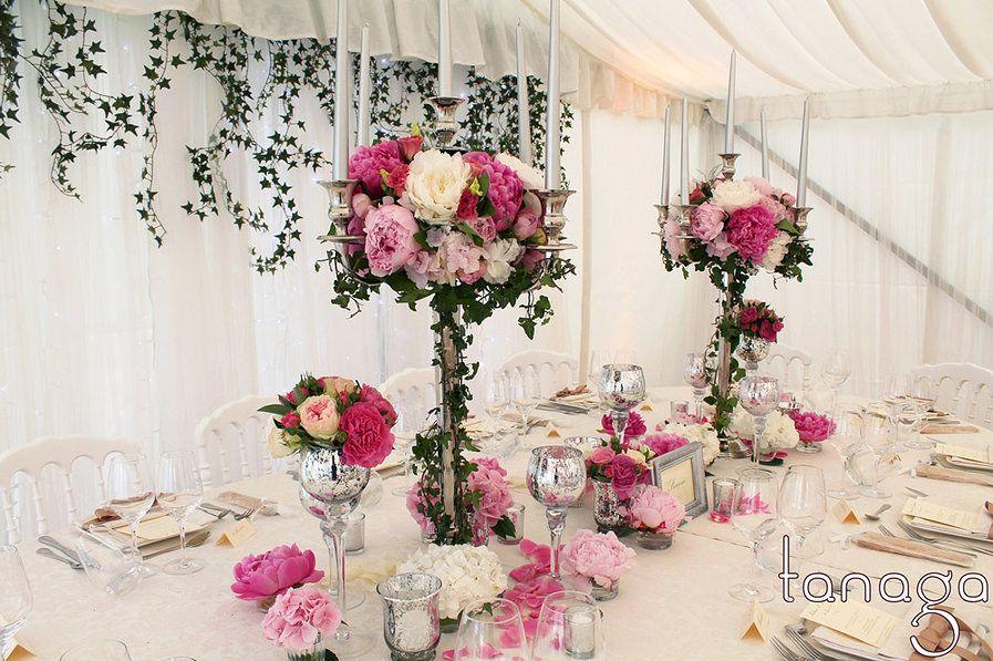 centre de table avec chandelier trop beau mon mariage. Black Bedroom Furniture Sets. Home Design Ideas