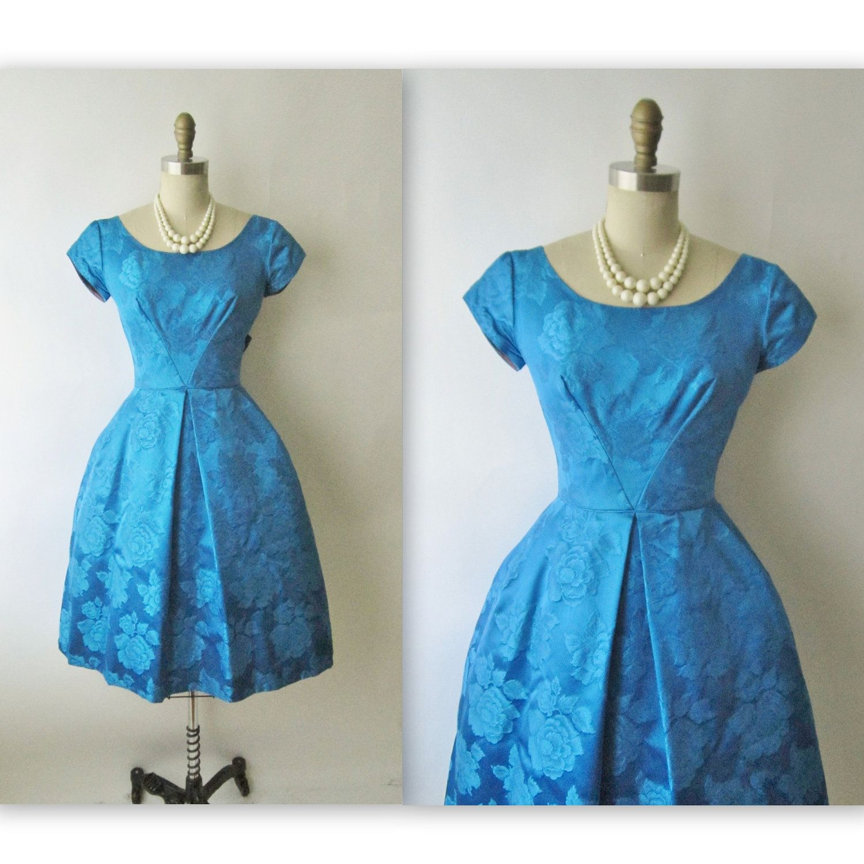 50\'s Cocktail Dress // Vintage 1950\'s Blue Floral Brocade Cocktail ...