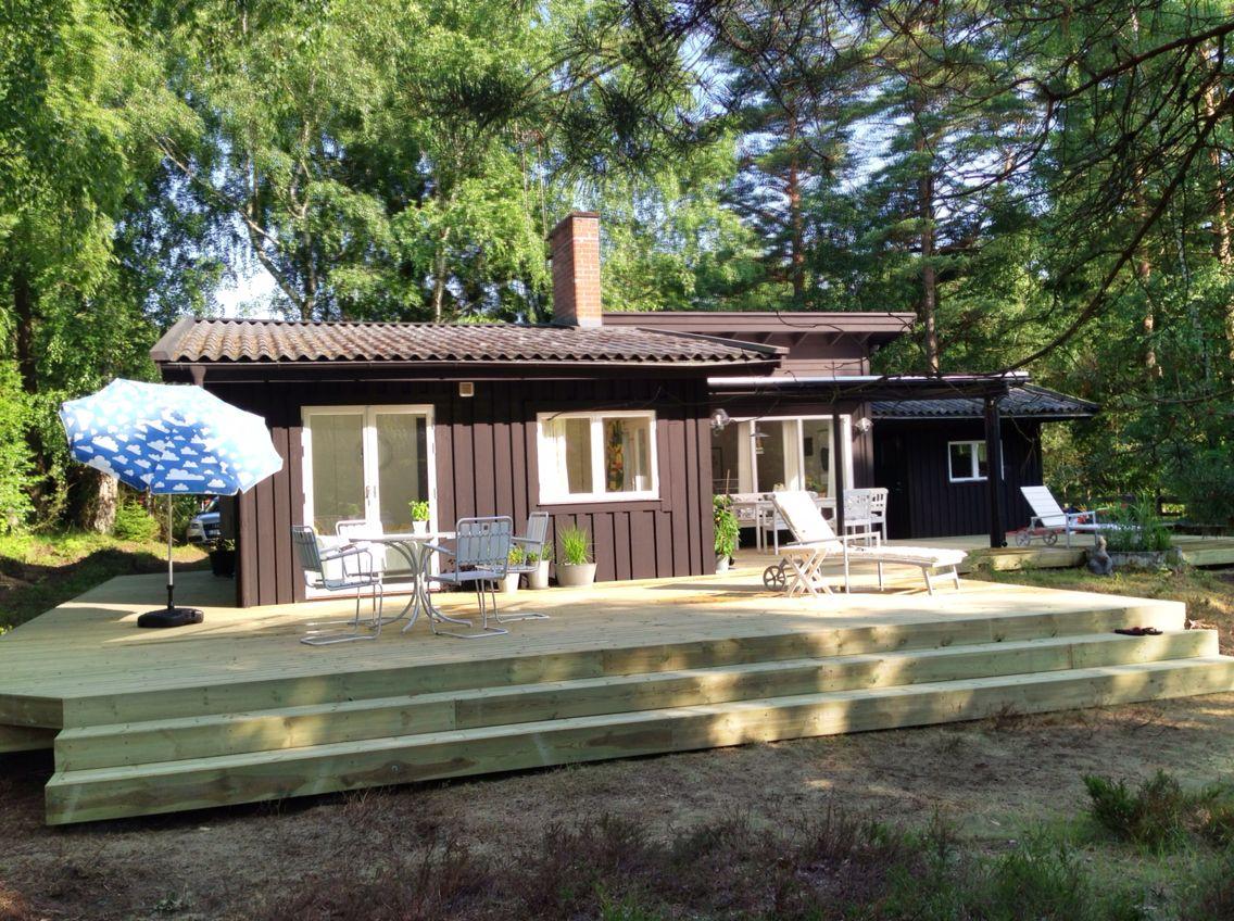 Efter renovering juni 2013 ny fasadfärg & altan | Båstad ...