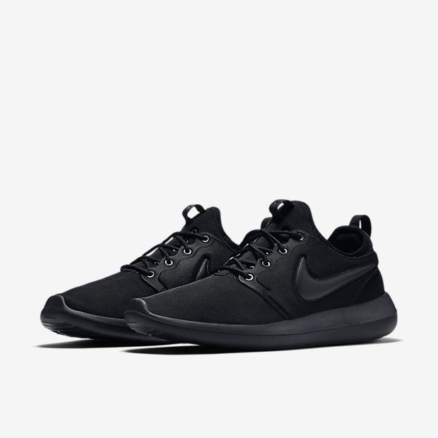 voltereta oyente Sophie  Nike Roshe Run Two Black Women Men | Nike shoes women fashion, Black nike  shoes women, Black nike shoes