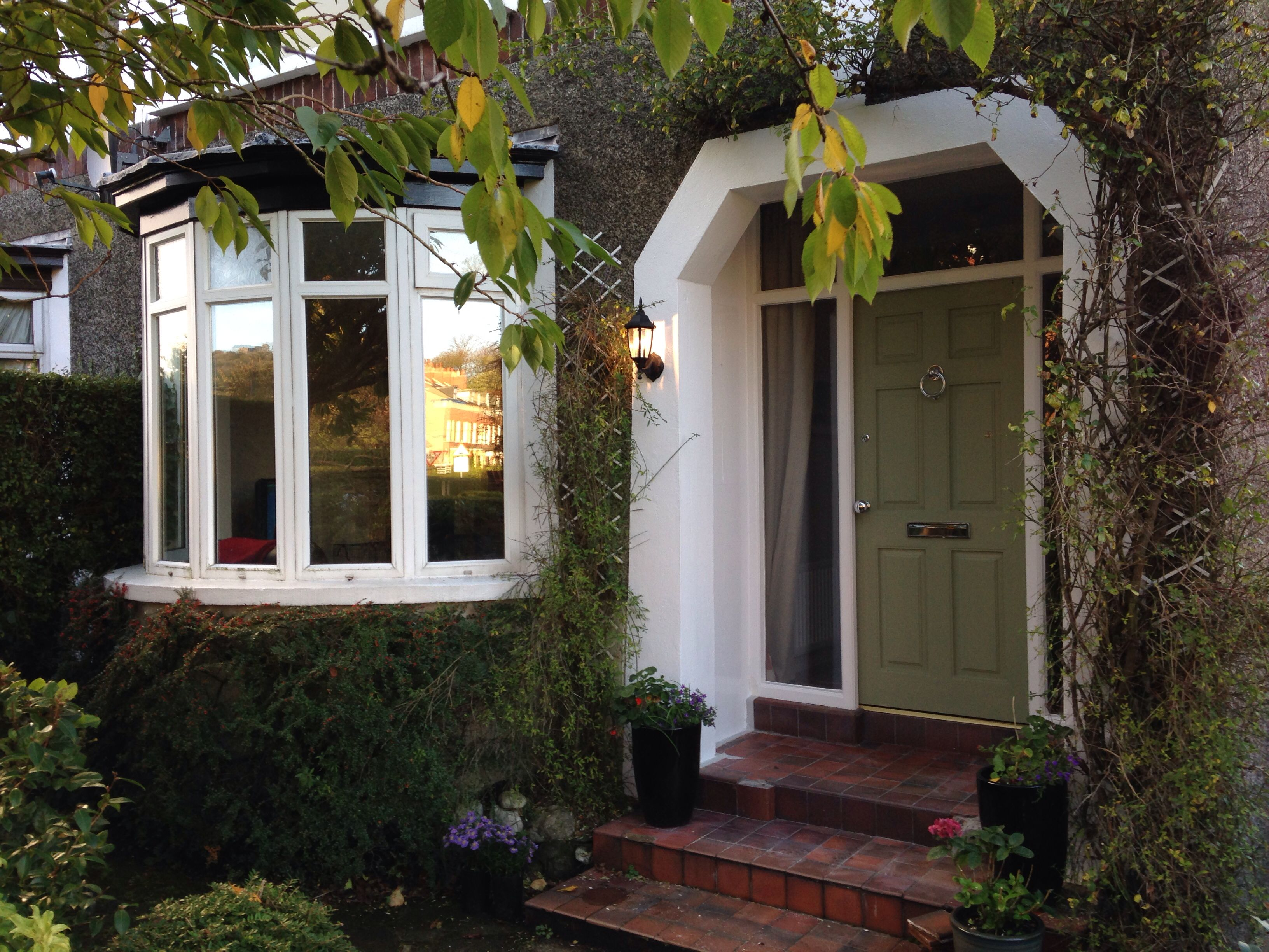 Homebase Kitchen Doors Beautiful Porch Painted With White Gloss And Homebase Fern Front